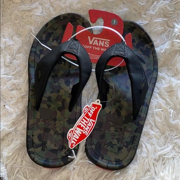 vans camo sandals